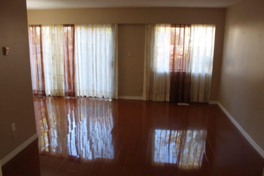 75 10515 153 St Surrey Bc Open Home Pro